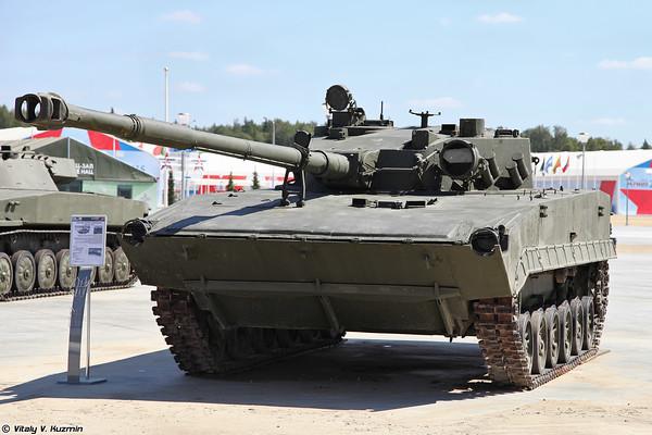 Легкий танк Объект 685